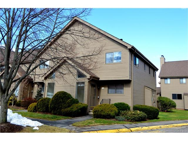 Photo of 2 Canterbury Ct  Middletown  CT