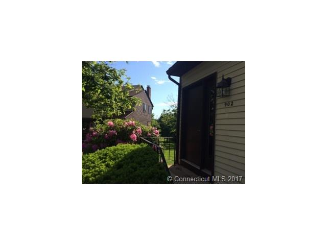 Photo of 902 Summer Hill Dr  S Windsor  CT