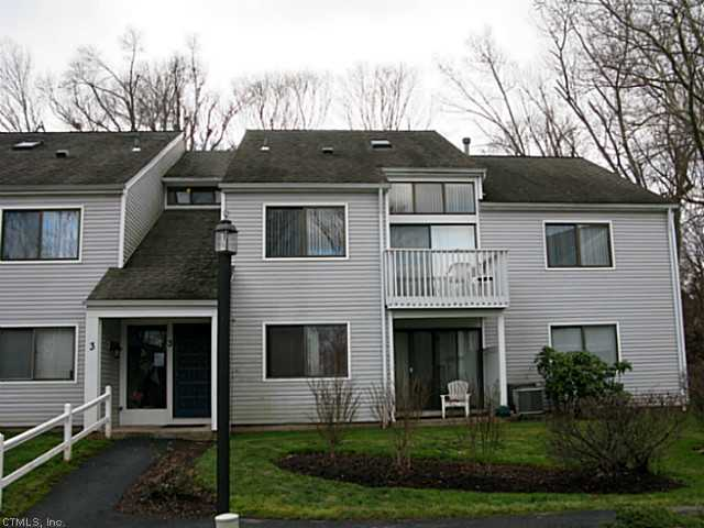 Rental Homes for Rent, ListingId:26189392, location: 3 BROOKWOOD DR Rocky Hill 06067