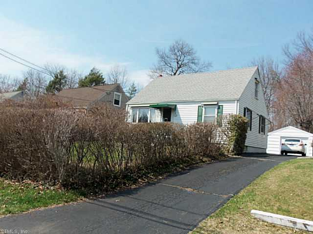 289 Country Club Rd, New Britain, CT 06053