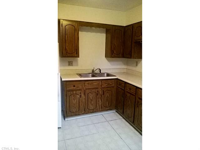 Rental Homes for Rent, ListingId:29242380, location: 70 GREENWOOD RD New Britain 06051