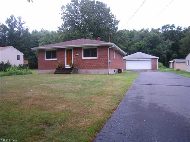Rental Homes for Rent, ListingId:29462082, location: 981 SHUTTLEMEADOW RD Southington 06489