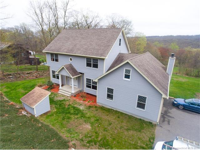Photo of 423 Chestnut Tree Hill Rd  Oxford  CT