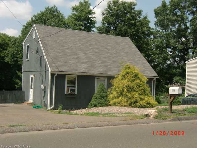 59 Melbourne St, Naugatuck, CT 06770