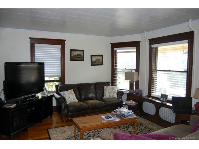 Rental Homes for Rent, ListingId:30722133, location: 369 Highland Ave Waterbury 06708