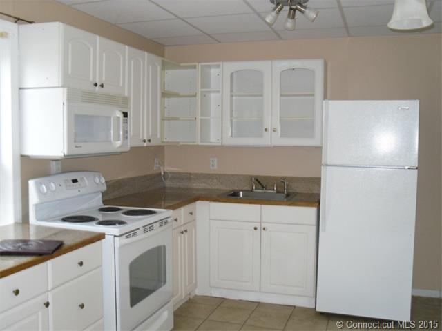 Rental Homes for Rent, ListingId:33179984, location: 183 Colonial St Watertown 06779