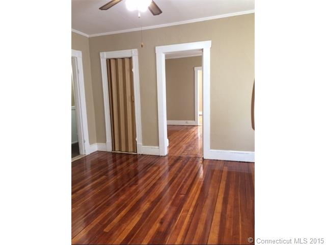 Rental Homes for Rent, ListingId:33333780, location: 45 Spring St Naugatuck 06770