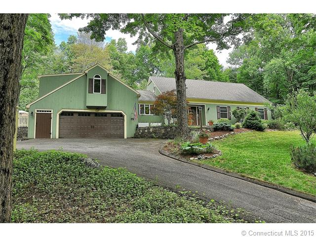 Real Estate for Sale, ListingId: 33704450, Woodbury,CT06798