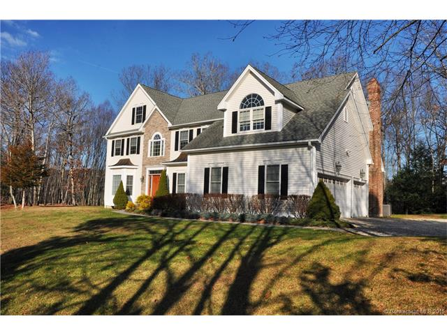 Real Estate for Sale, ListingId: 36373054, Woodbury, CT  06798