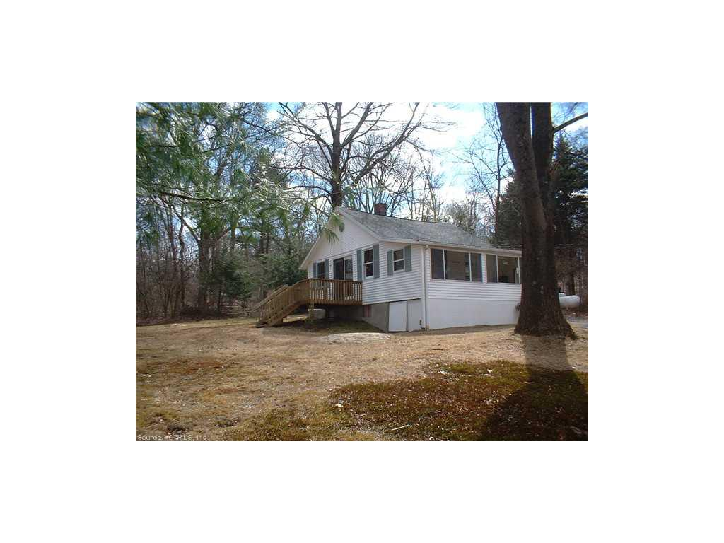 Photo of 49 Washington Drive  Middlebury  CT