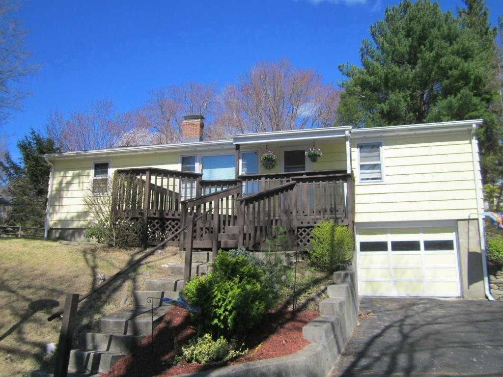 Photo of 122 Northfield Road  Watertown  CT