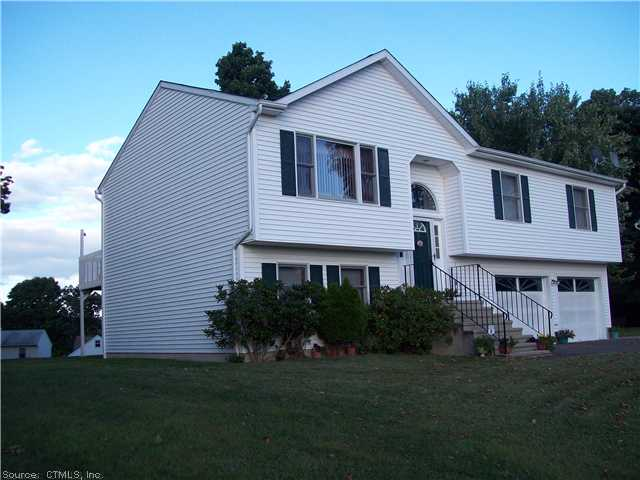 Real Estate for Sale, ListingId: 20881568, Waterbury, CT  06704