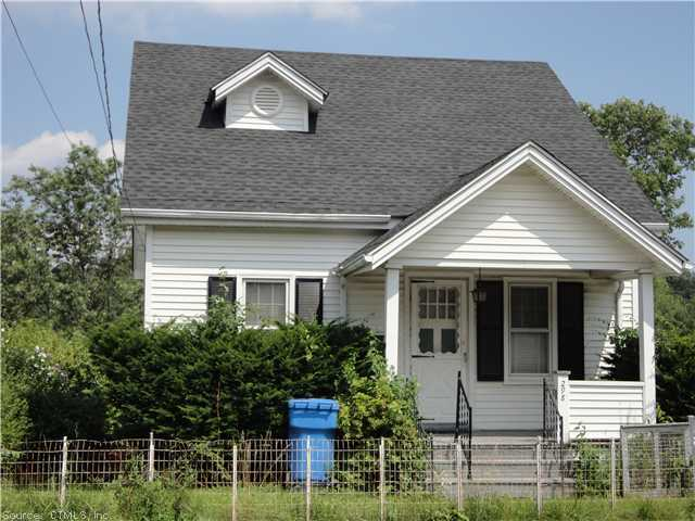 298 Monroe Ave, Waterbury, CT 06705