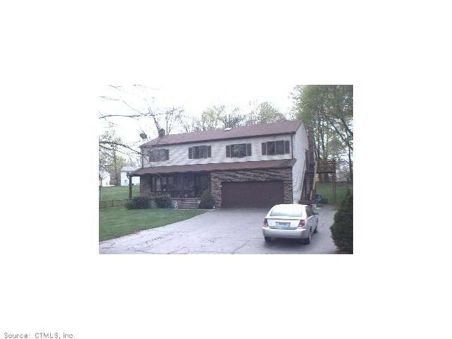 Rental Homes for Rent, ListingId:29467582, location: 481 CHESTNUT HILL ROAD Waterbury 06704