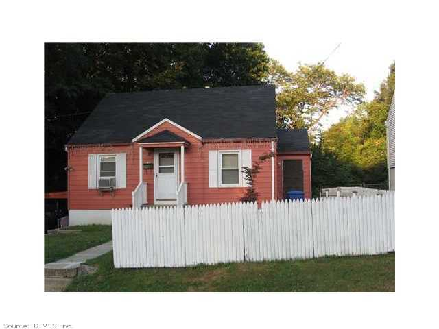 Rental Homes for Rent, ListingId:29925574, location: 130 MACARTHUR DR Waterbury 06704