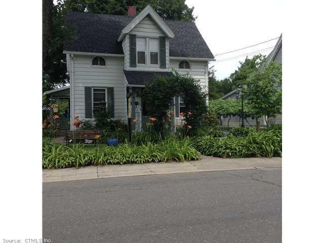 Rental Homes for Rent, ListingId:29925575, location: 114 Curtiss St Naugatuck 06770