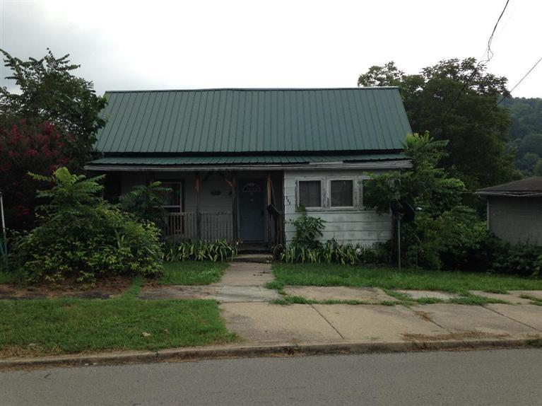 435 S 3rd St, Williamsburg, KY 40769