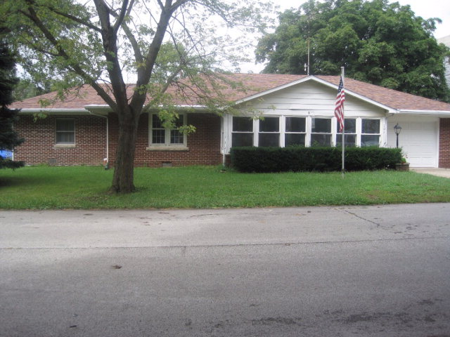 Photo of 101 Brentwood  Tilton  IL
