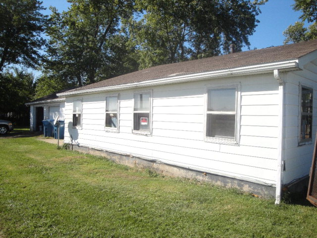 Photo of 829 S 4th St  Hoopeston  IL