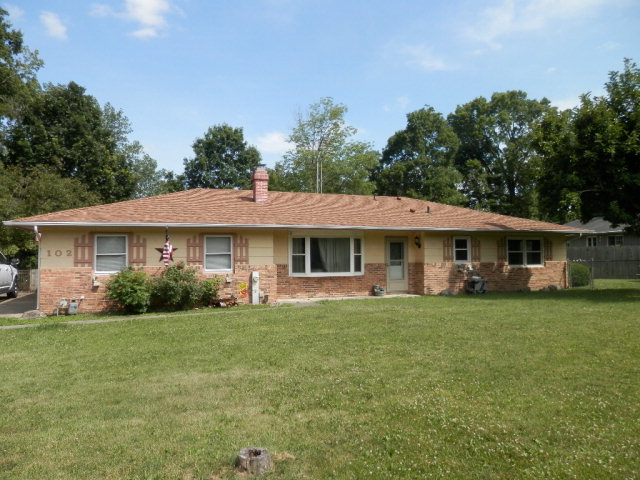 Photo of 102 Ray Court  Catlin  IL