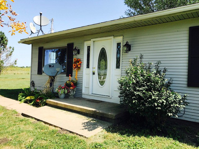 Photo of 37025 N 2040 EAST RD  Rossville  IL