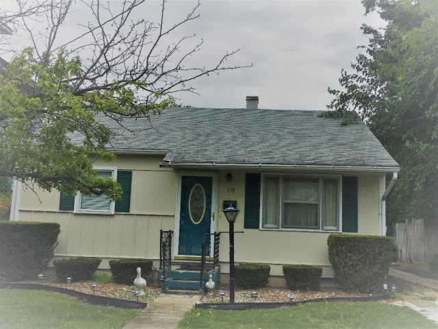 Photo of 719 S 3rd street  Hoopeston  IL