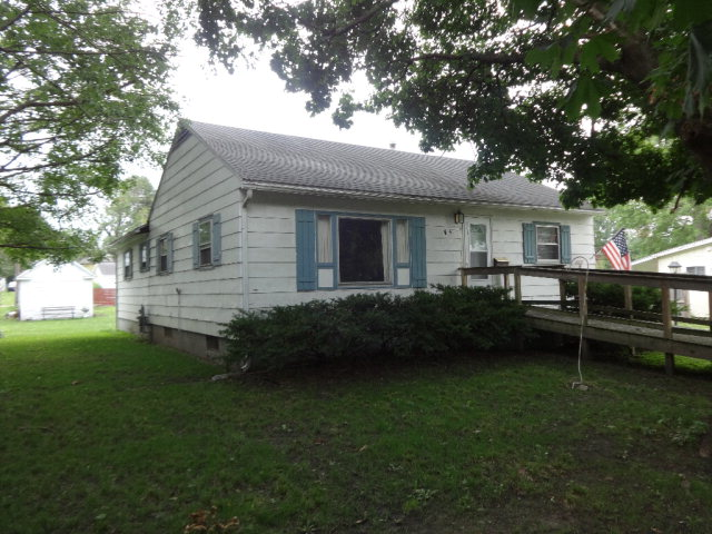 Photo of 105 Holmes  Rossville  IL