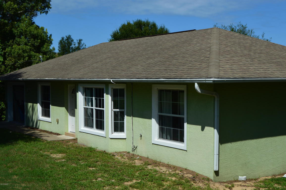 133 Ridge Rd, Oak Hill, FL 32759