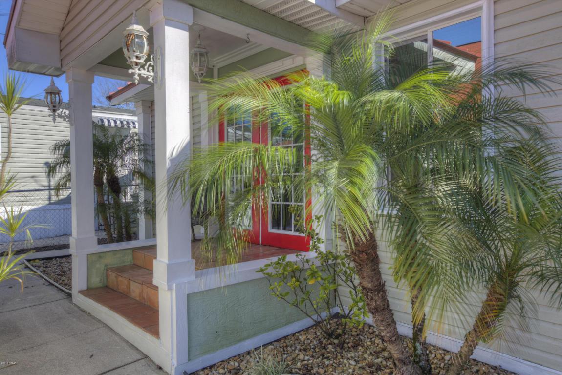 151 Gary Ave, Oak Hill, FL 32759