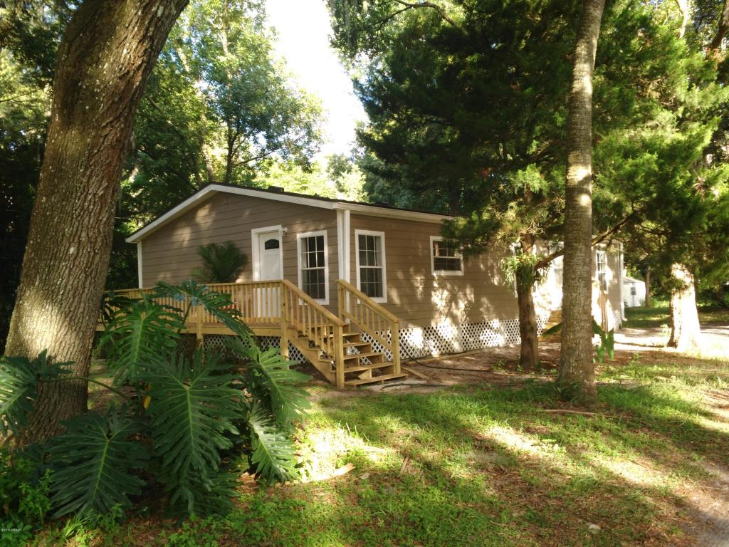 137 Indian Creek Rd, Oak Hill, FL 32759