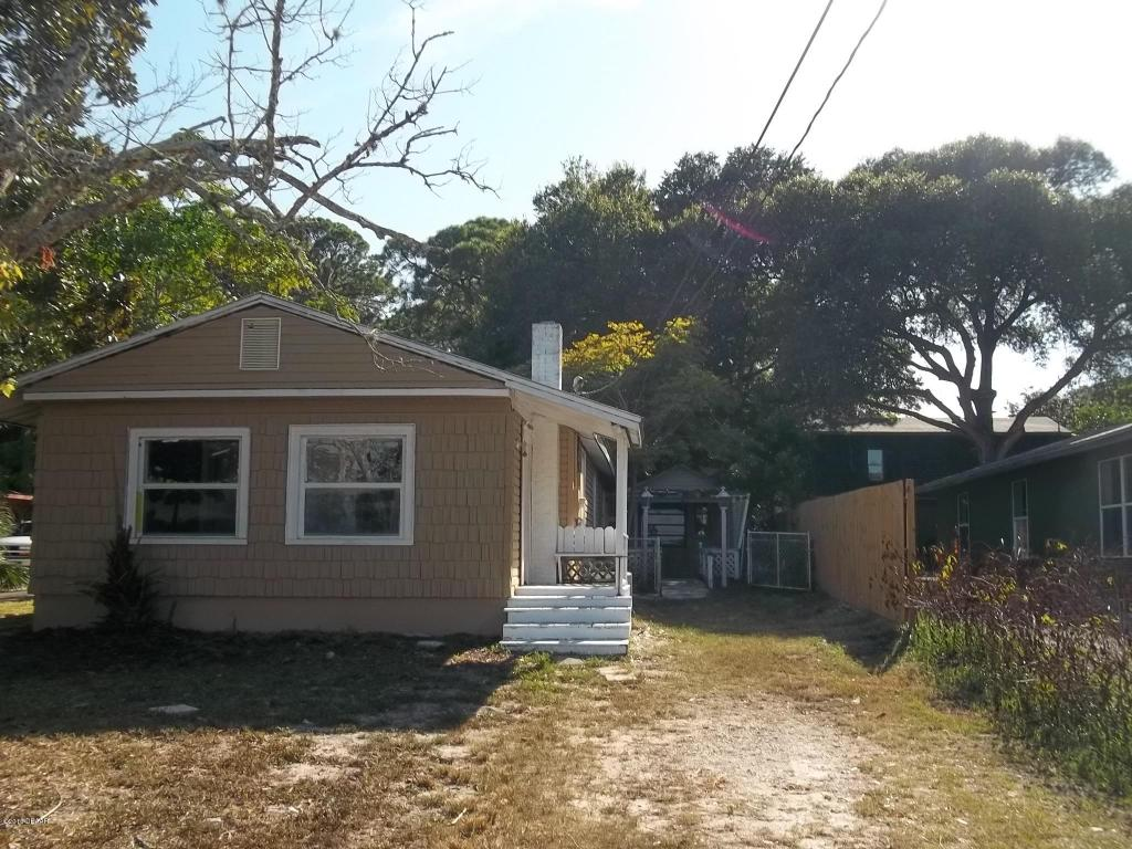 523 Lafayette St, Port Orange, FL 32127