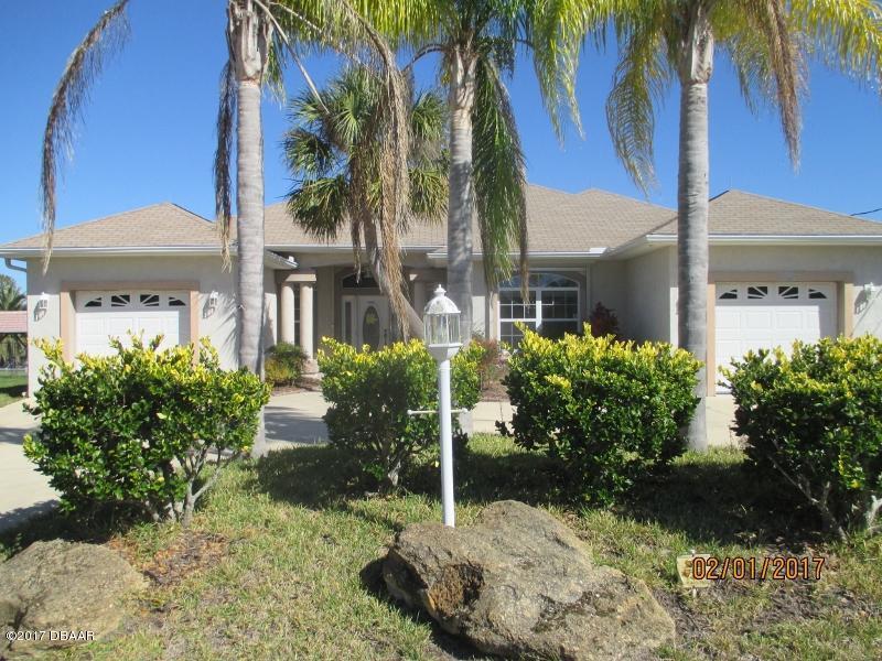 10 Crampton Ct, Palm Coast, FL 32137