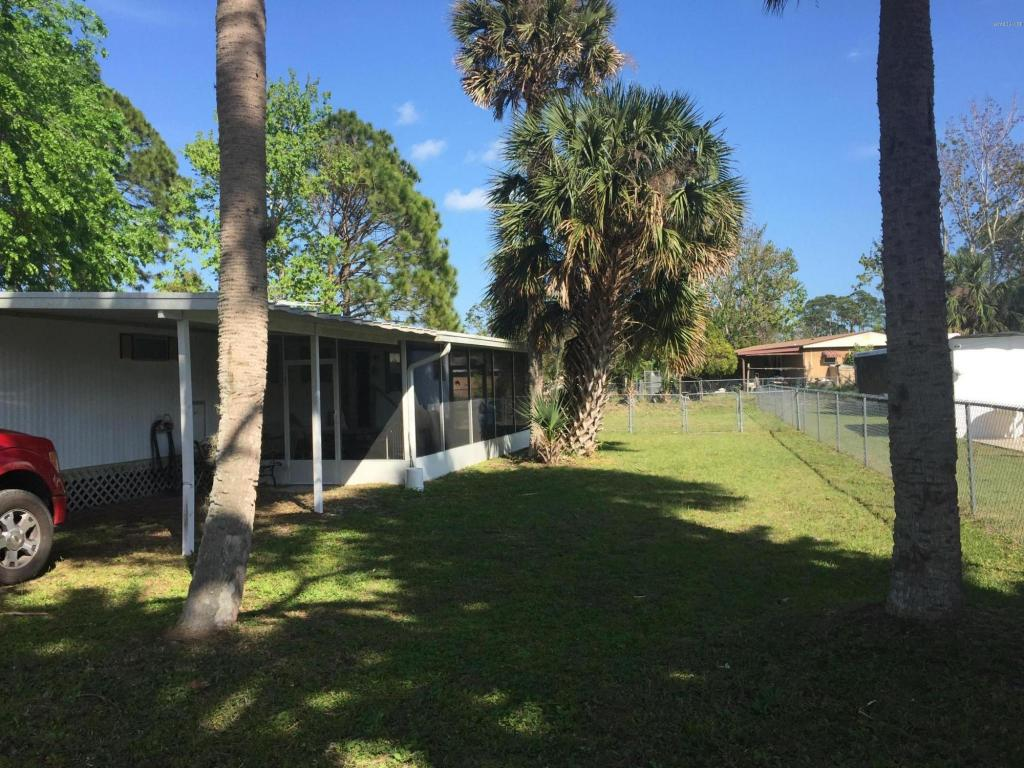 Photo of 347 Beehive Drive  Oak Hill  FL