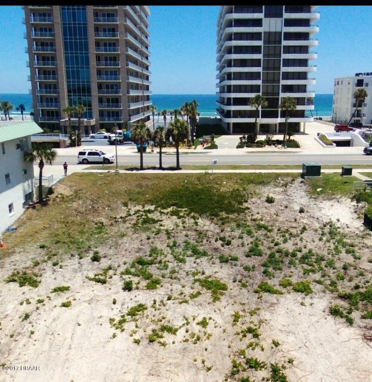 3742 S Atlantic Avenue Daytona Beach Shores, FL 32118