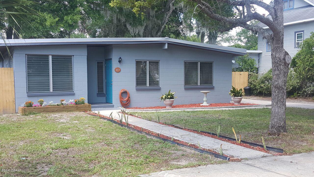 Photo of 813 W Euclid Avenue  DeLand  FL
