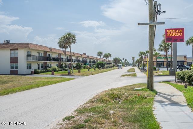 Photo of 10 Lynnhurst Drive  Ormond Beach  FL