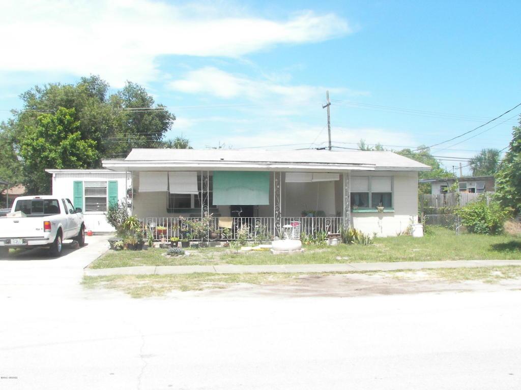 Photo of 919 Essex Road  Daytona Beach  FL