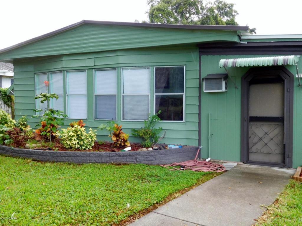 Photo of 205 Randle Avenue  Oak Hill  FL