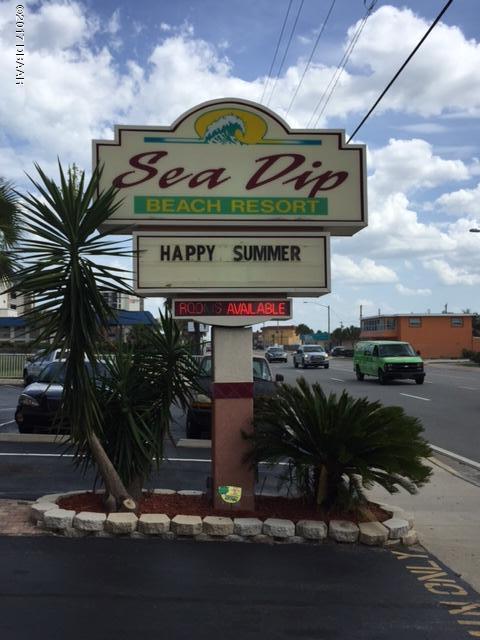 Photo of 1233 N Atlantic Avenue  Daytona Beach  FL