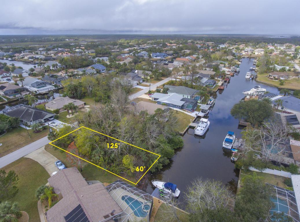 8 Comanche Court Palm Coast, FL 32137