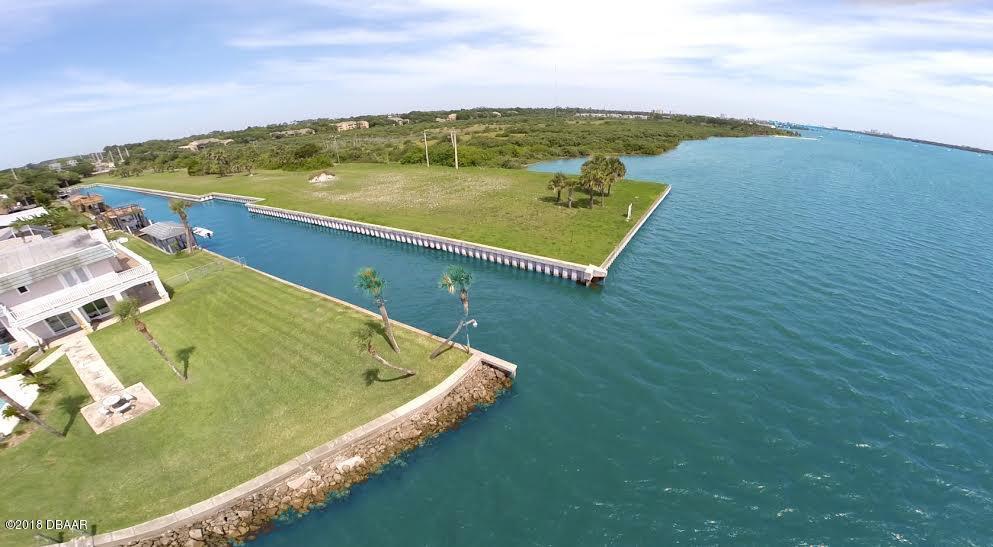 146 Sea Isle Circle, South Daytona, Florida