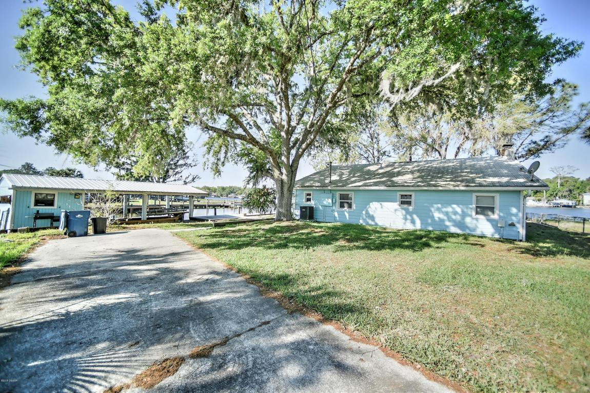 1633 Spring Garden Drive Astor, FL 32102