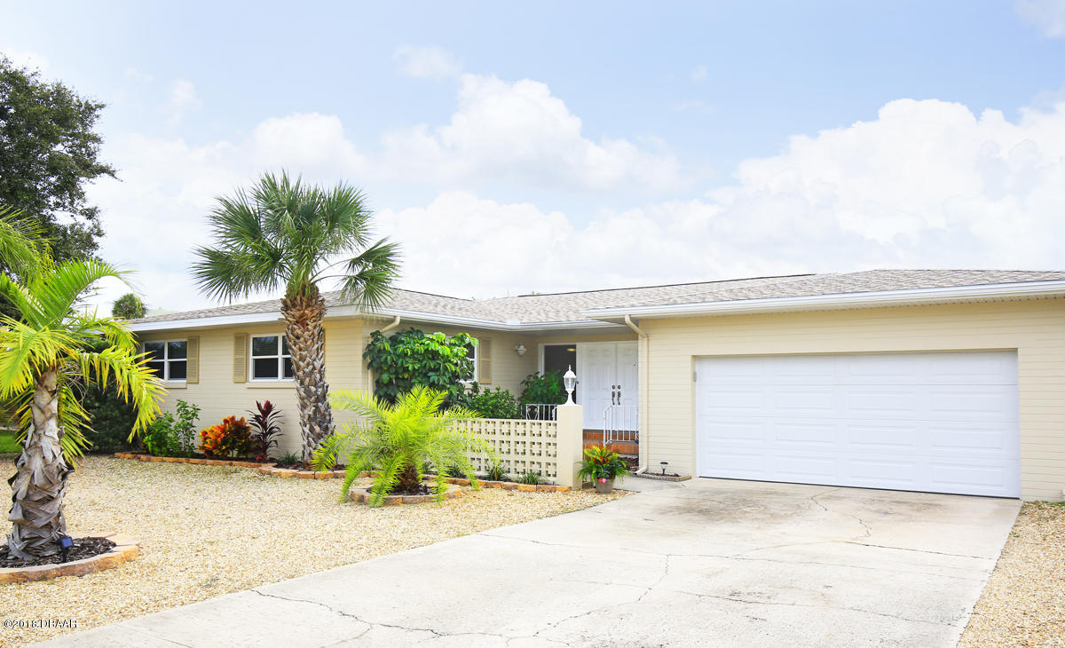 147 Coral Circle, South Daytona, Florida