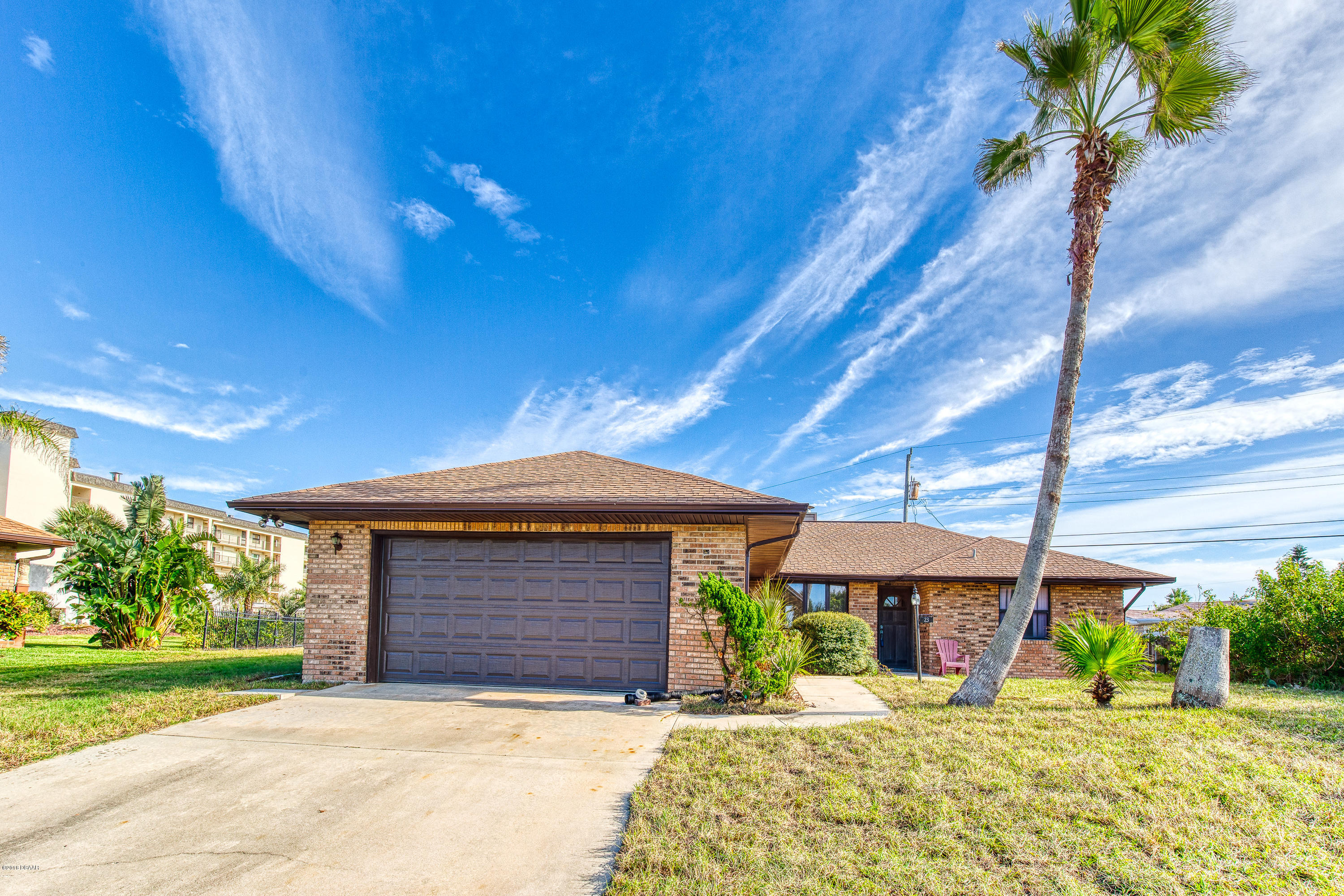 23 Island Cay Drive, Ormond-By-The-Sea, Florida