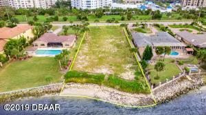 3012 S Peninsula Drive, one of homes for sale in Daytona Beach Shores