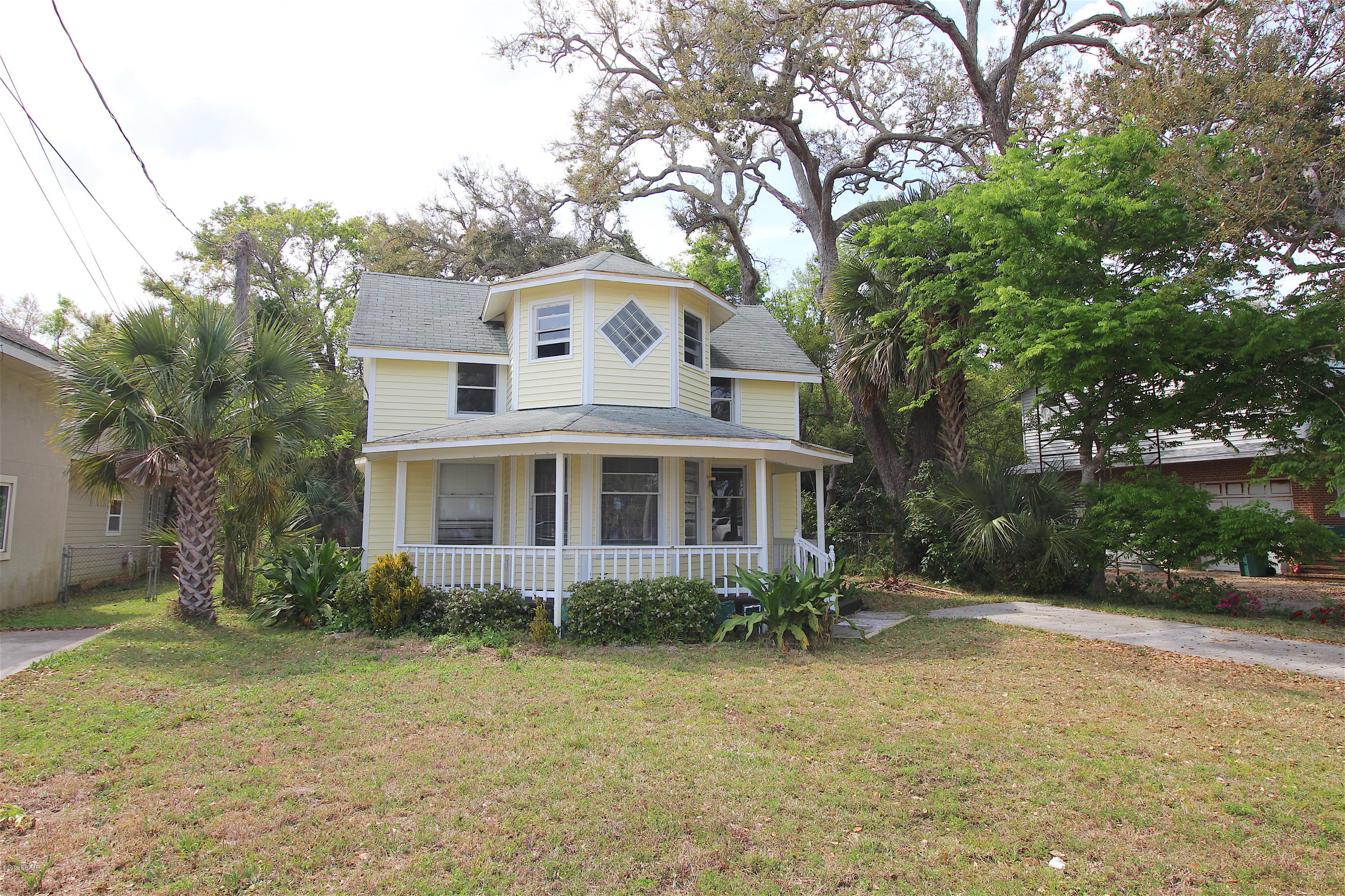 1518 Riverside Drive, one of homes for sale in Holly Hill