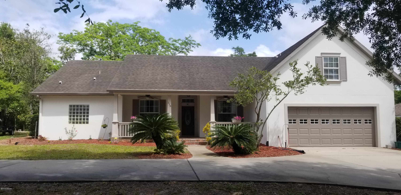 218 Lakewood Drive DeBary, FL 32713