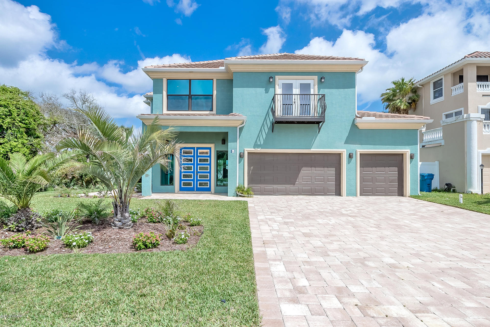 144 Coquina Key Drive, Ormond-By-The-Sea, Florida
