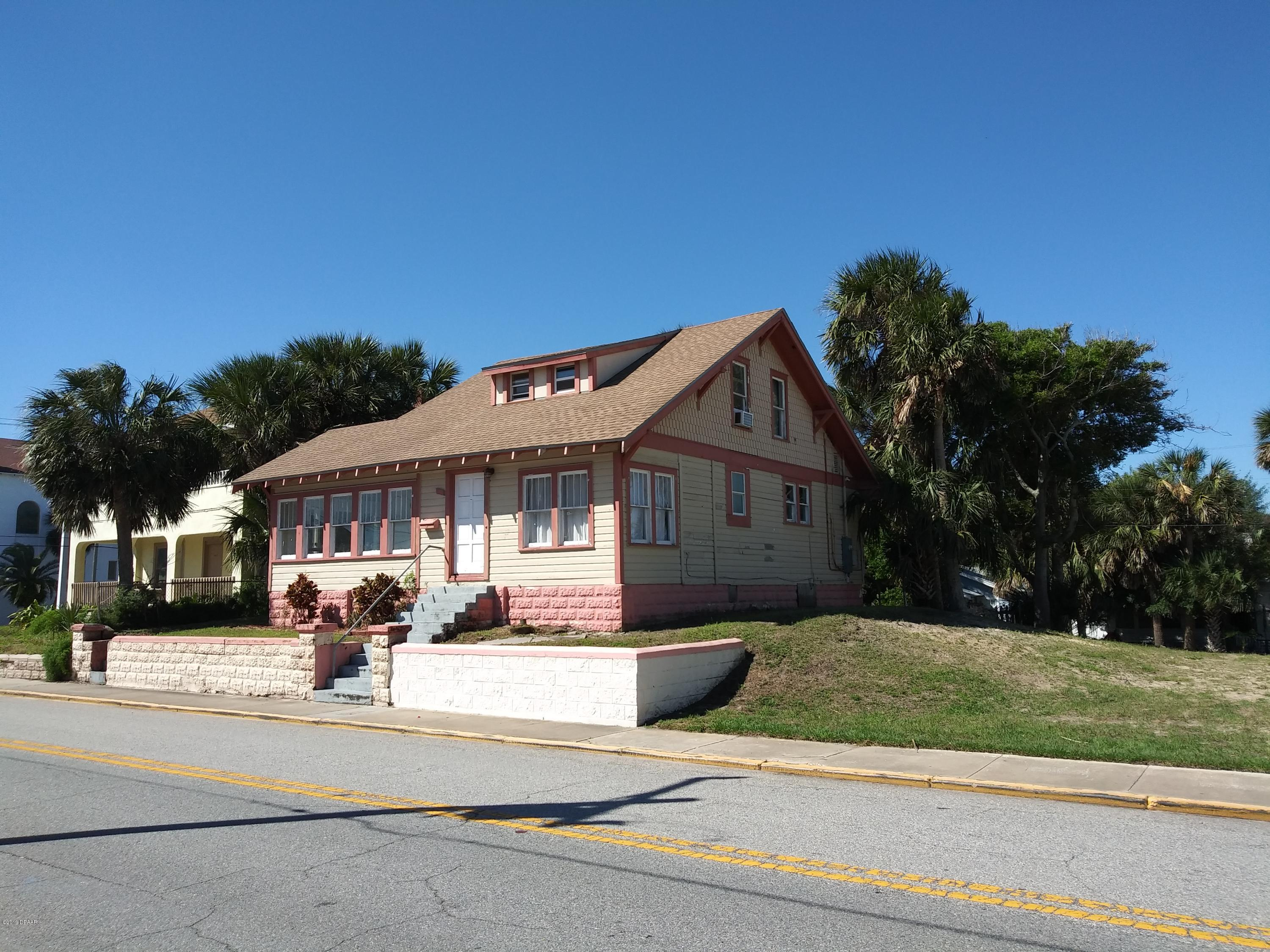One of Daytona Beach Shores 3 Bedroom Homes for Sale at 38 S Grandview Avenue