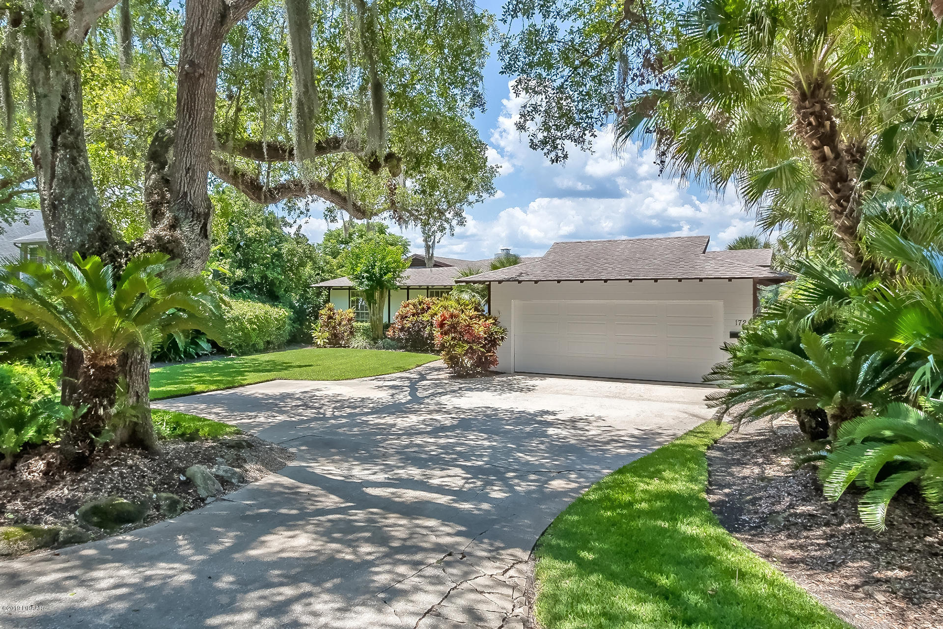 172 Riverside Drive, Ormond Beach in Volusia County, FL 32176 Home for Sale